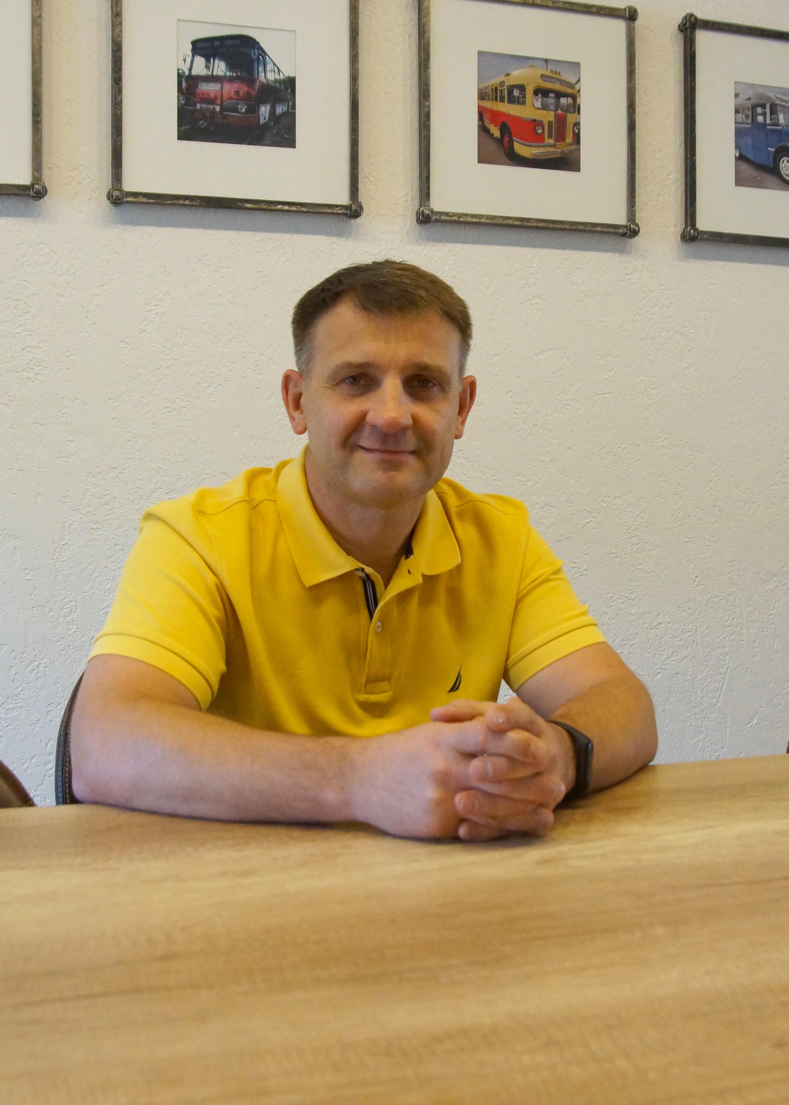 Генеральный директор: Бондарев Артём Витальевич